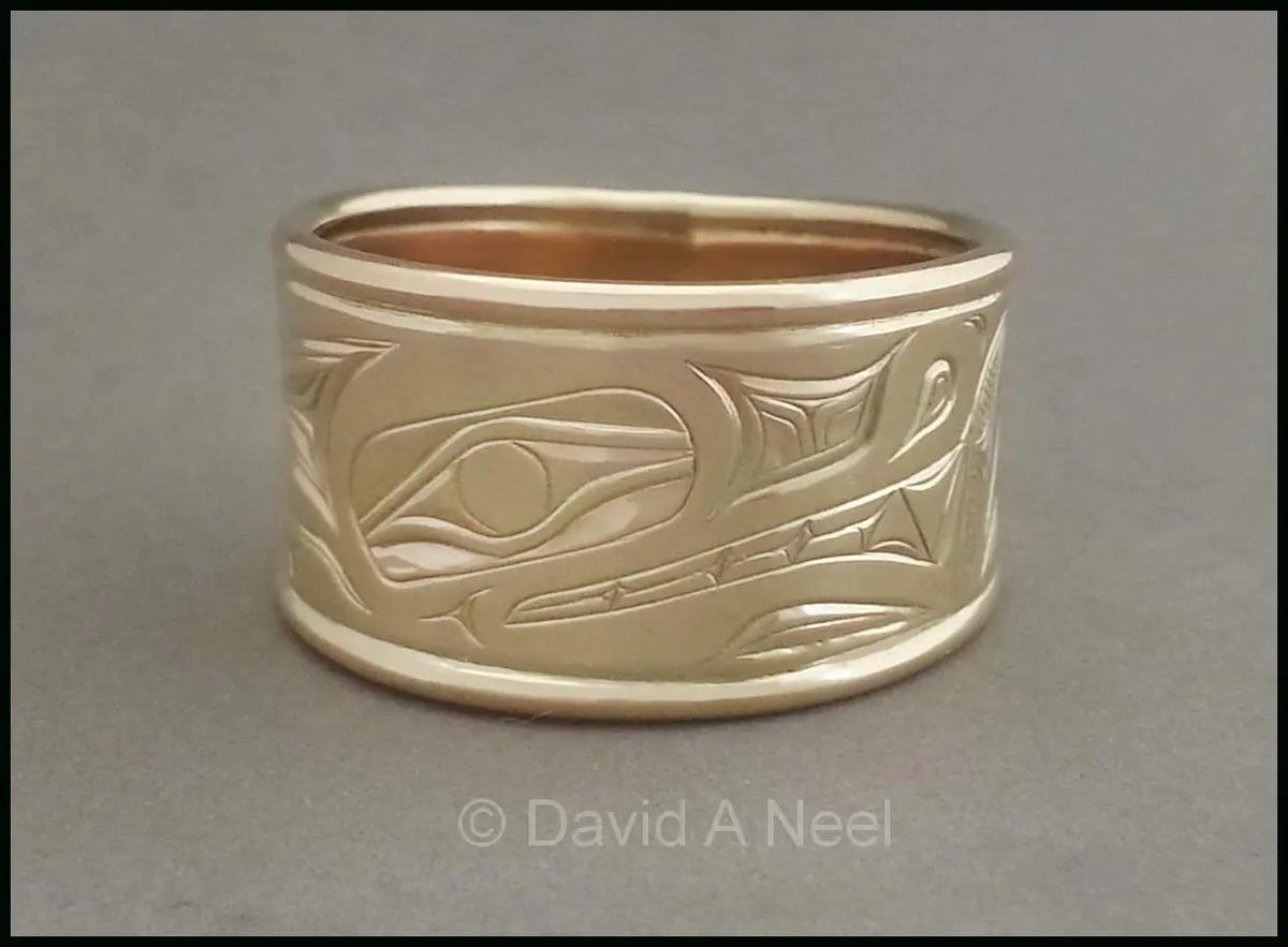 Wolf Gold Ring
