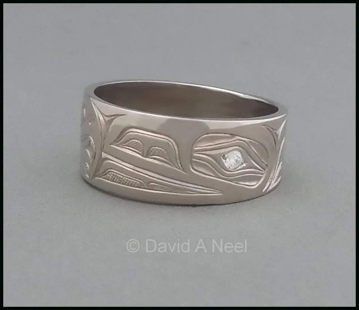Raven White Gold Ring