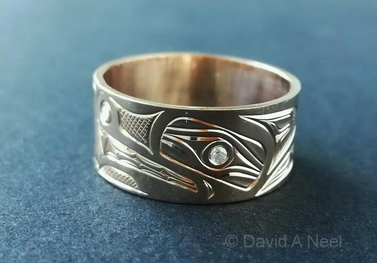 Wolf Ring, Gold, Diamond Eye