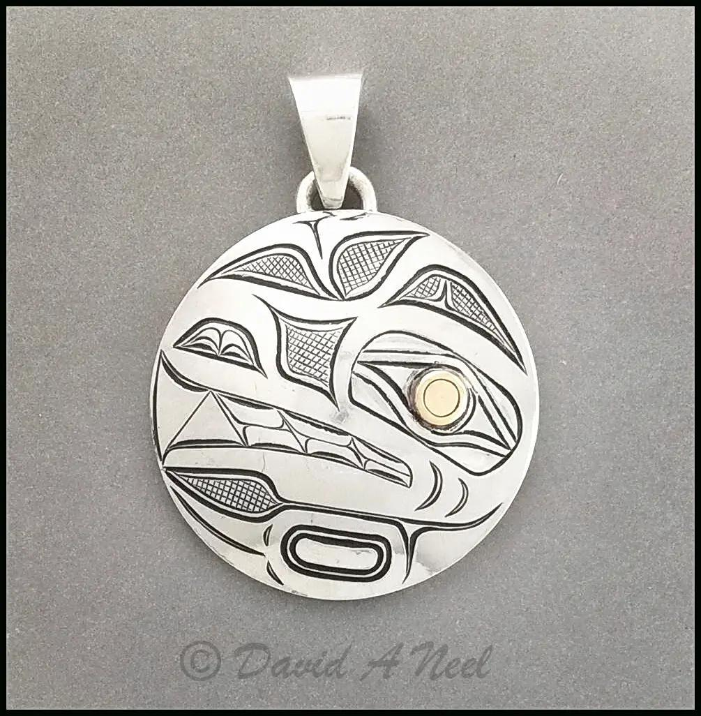 Wolf Pendant, Silver & Gold