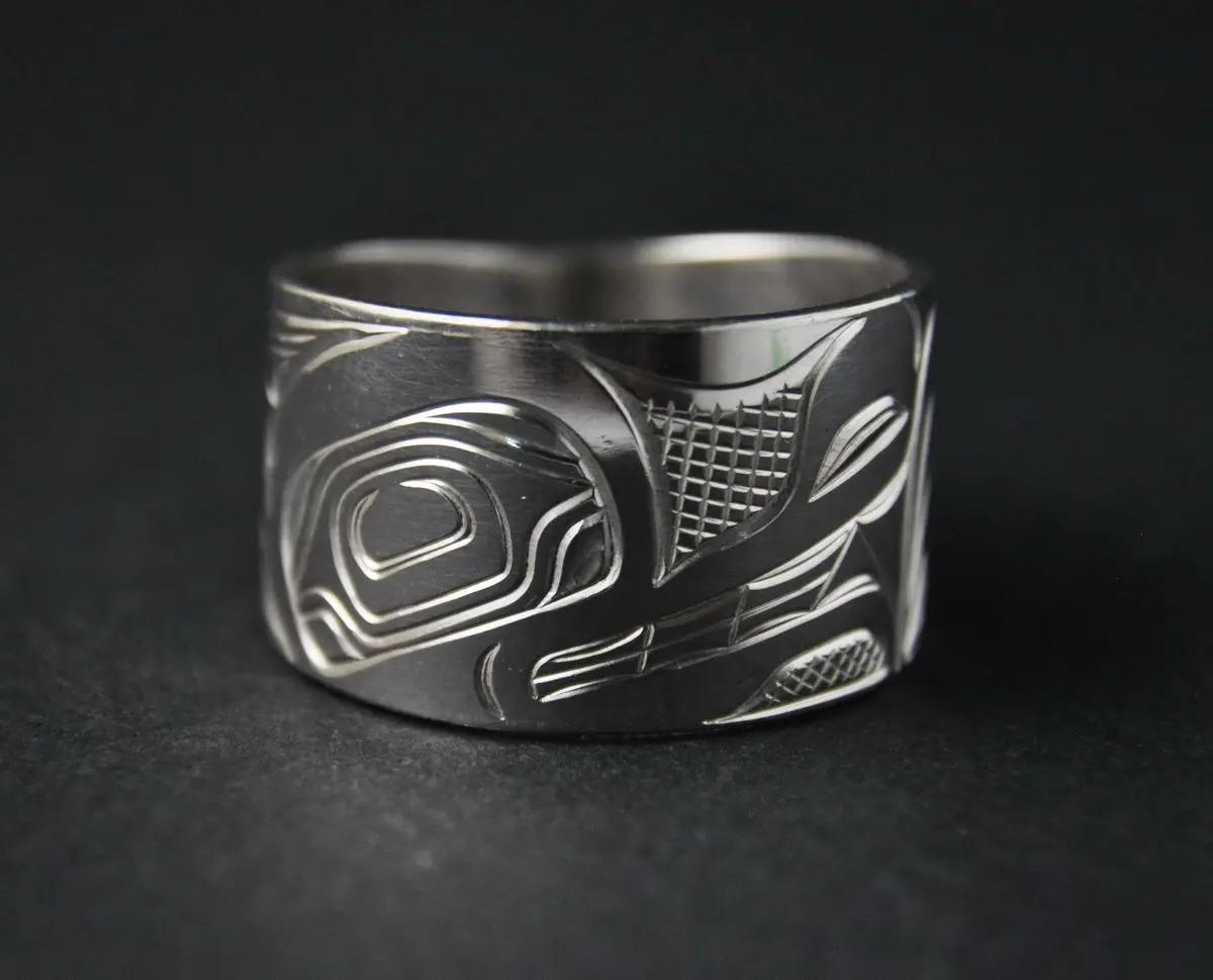 Wolf Wide Silver Ring