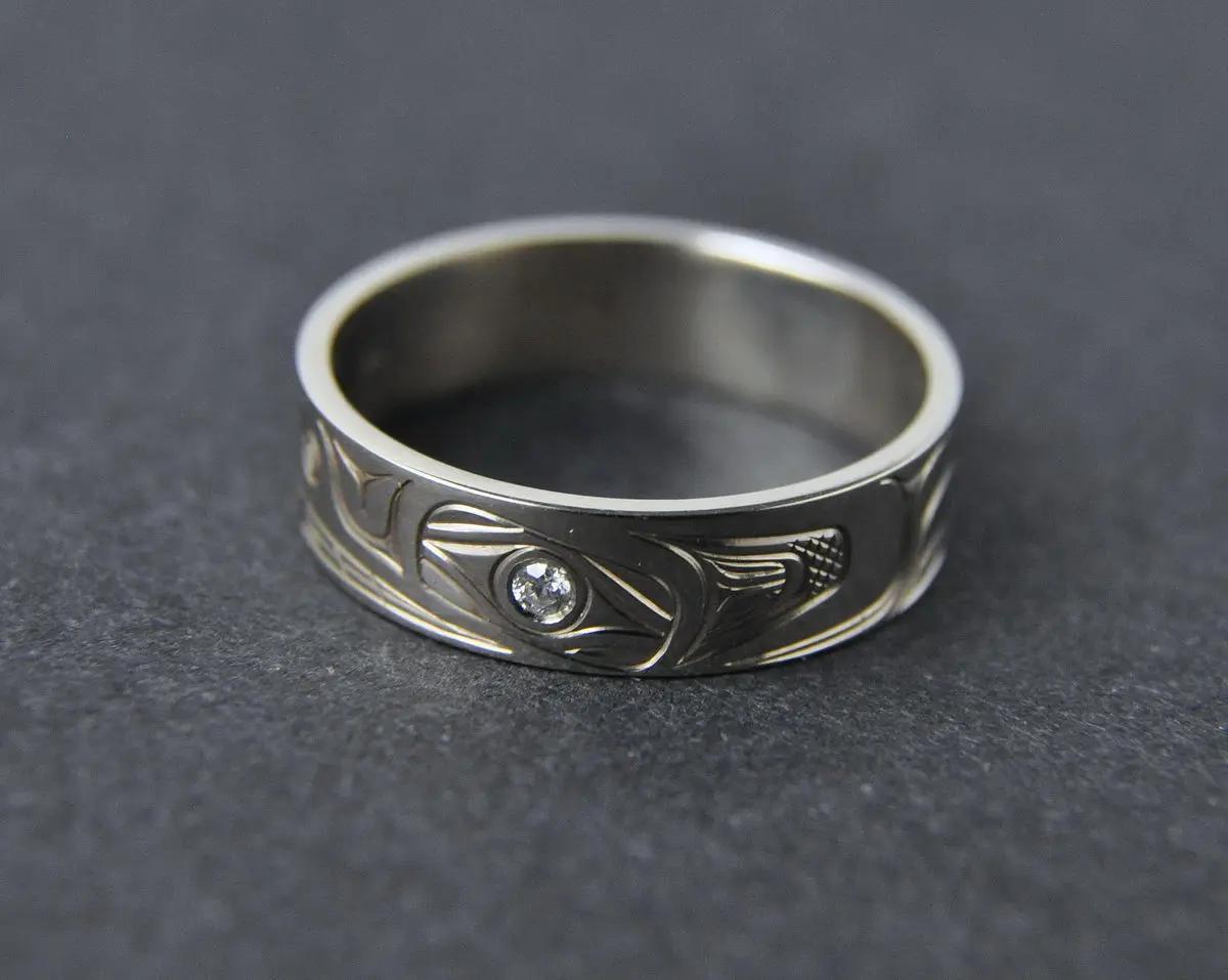Bear White Gold & Diamond Ring