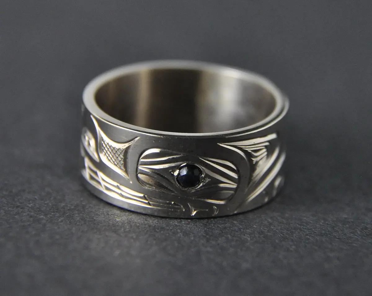 Wolf Ring, White Gold &  Sapphire Eye