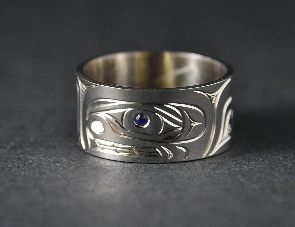 Killerwhale White Gold Ring